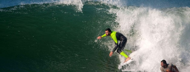 JOEL PARKINSON SHARES WAVE WITH BODYBOARDER, IS REPRIMANDED